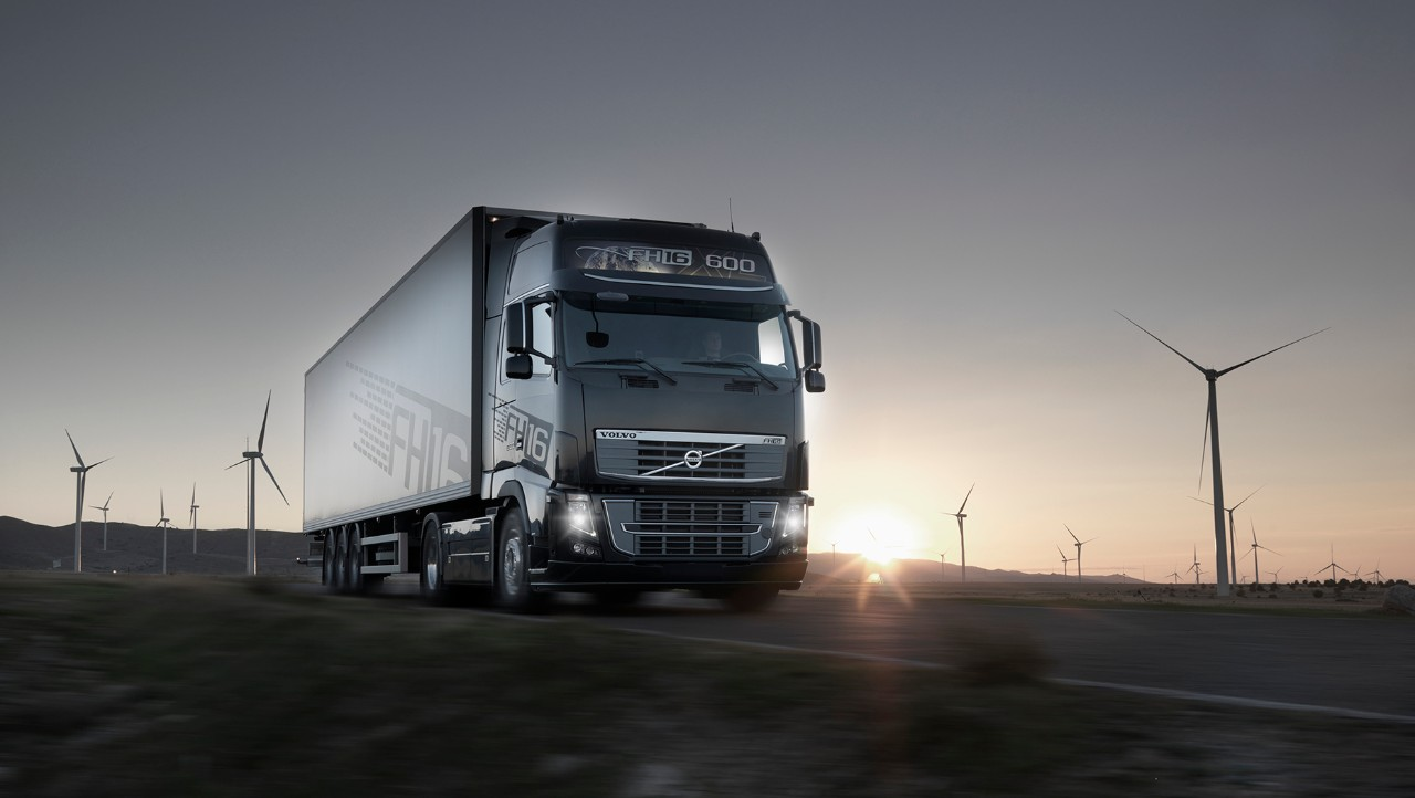 Volvo FH in sunset