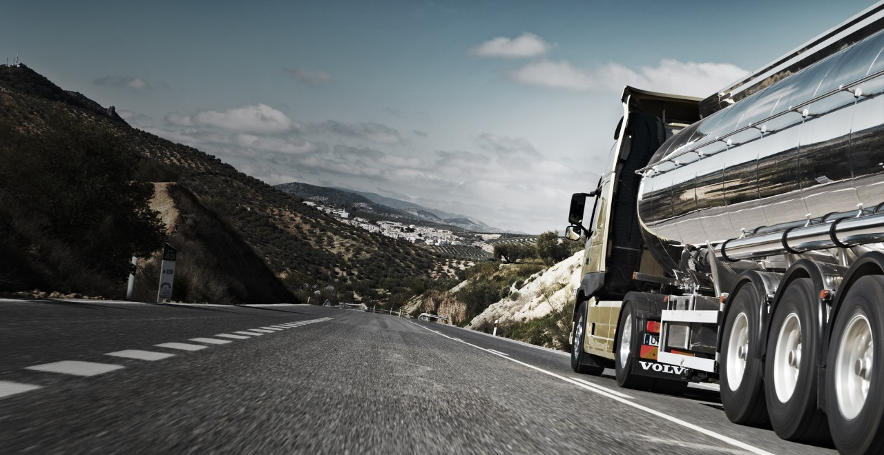 Monitor performance and efficiency with the Fuel and Environment service